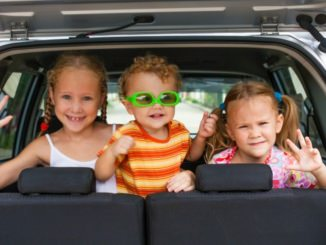 Nens al cotxe - Foto: Shutterstock