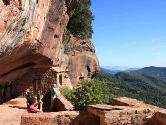 Vistes des de l'ermita de l'Abellera a Prades - Foto: YouMeKids