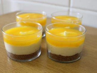 Pastís de formatge en got amb toc de taronja - Foto: YouMeKids