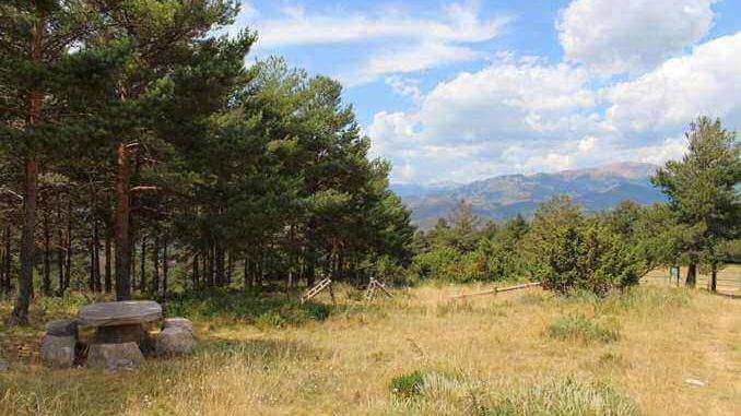 Pla de la Baga Alp zona de picnic