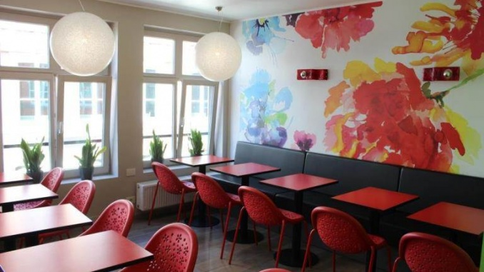 Segunda planta del restaurante - Foto: YouMeKids