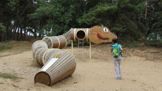 Túnel en forma de serp a Bosland - Foto: YouMeKids