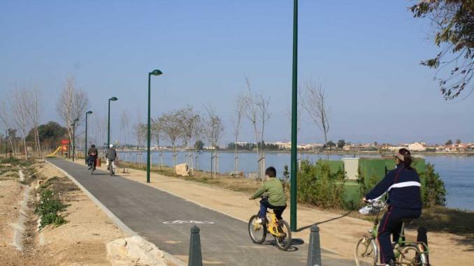 Camí fluvial de l'Ebre a l'alçada de Sant Jaume d'Enveja - foto. YouMeKids