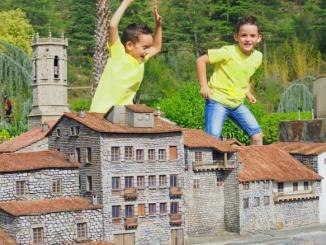 Semblem gegants a Catalunya en Miniatura ! - Foto: Catalunya en miniatura