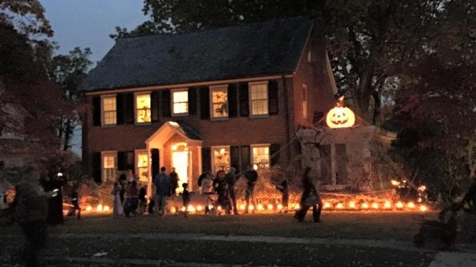 Celebrant Halloween a New Jersey