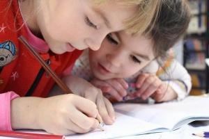 En la medida justa les extraescolars milloren el rendiment acadèmic