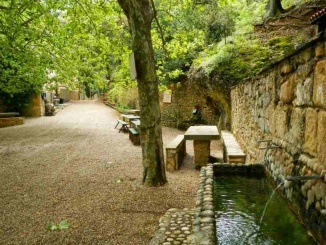 Àrea de pícnic ermita de Santa Magdalena a Ulldemolins - Foto: YouMeKids