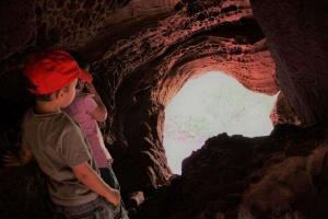 Cova Foradada a mont-roig del Camp - Foto: YouMeKids