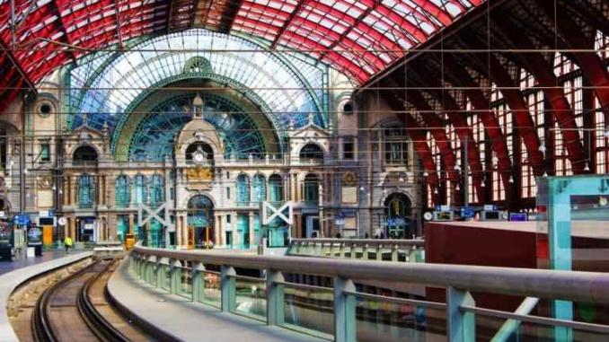 Estació Antwerpen Central - Foto: Travels of Keti
