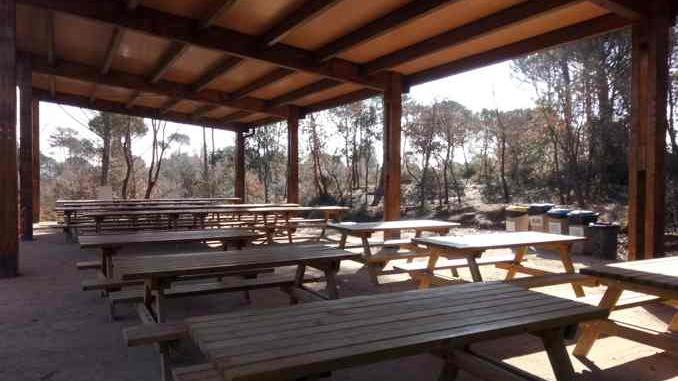 Zona de pícnic de la granja natura a Navàs - foto: Montserrat López