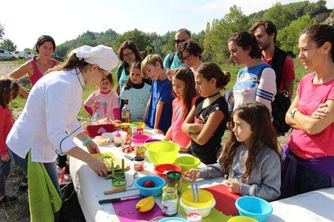 Show cooking per Alba Molas d'una de Postres - Foto: YouMeKids