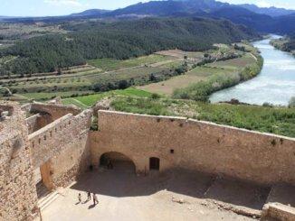 vistes castell miravet